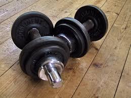 Musculation: séance prise de masse épaules en biset
